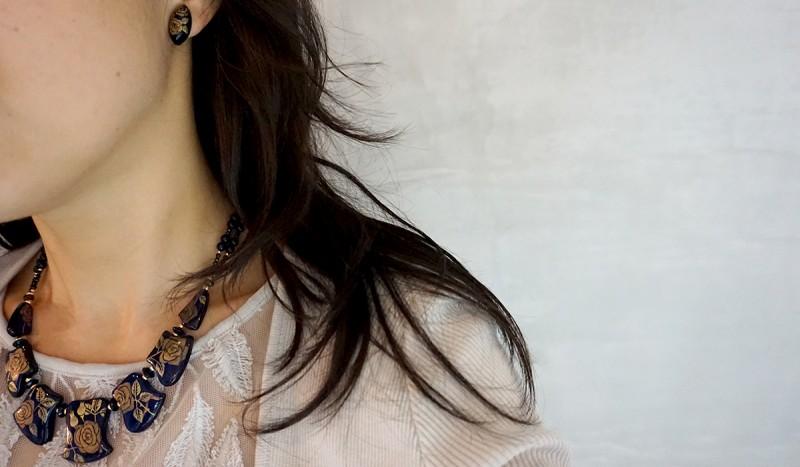 ブルーアンバーのネックレスとイヤリングのセット