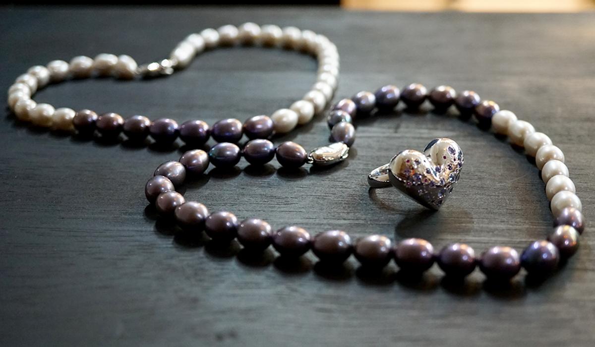 淡水真珠バイカラーネックレス